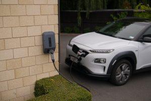 ładowanie samochodów elektrycznych fotowoltaika