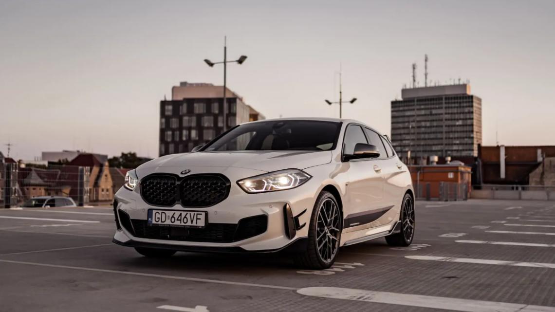 BMW m135i XDrive M Performance – Wynajem