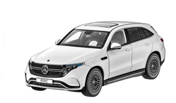 Modele Mercedes Benz idealnym prezentem dla fana motoryzacji