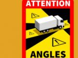 """Martwe strefy ciężarówek – Obowiązkowe naklejki """"angles morts"""" we Francji"""