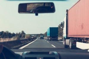 martwe strefy ciężarówek - droga